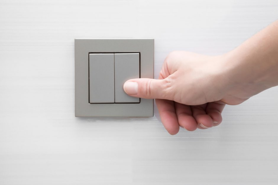 instalar tomada e interruptor